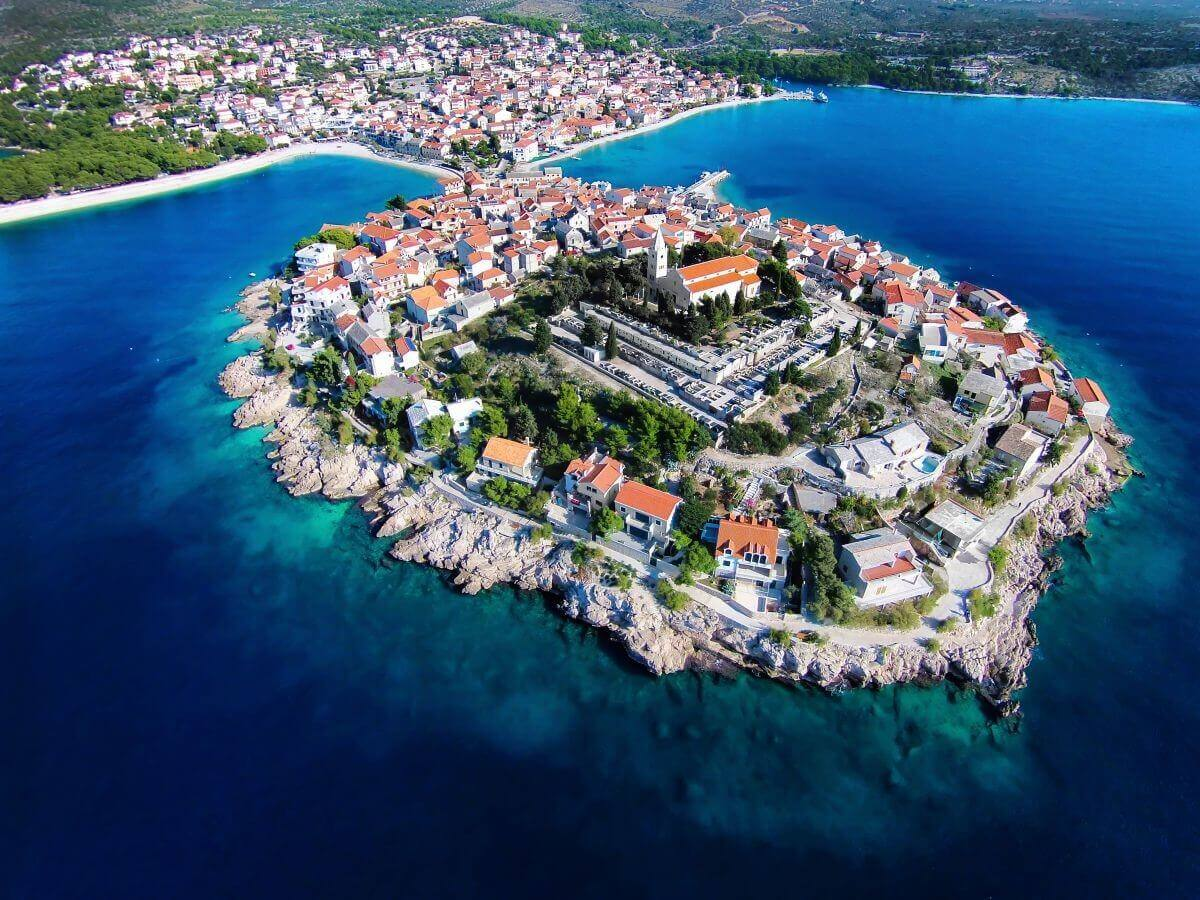 how to get from split airport to primosten